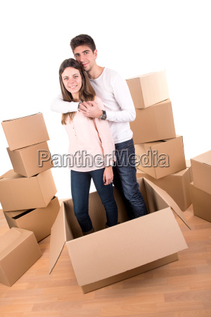 happy, couple, with, boxes - 11208256