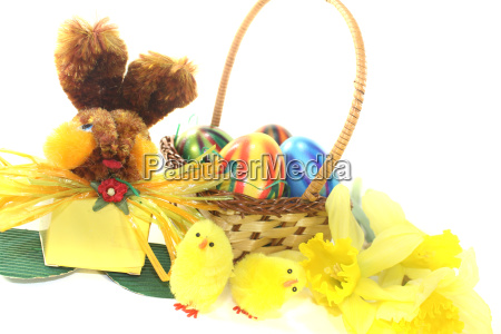 easter nest with chicks and easter