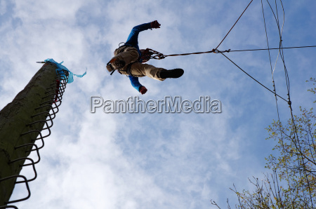 jump from pamper pole