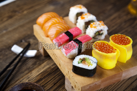alimento japones tradicional do sushi