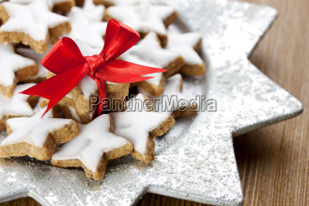 delicious cinnamon stars
