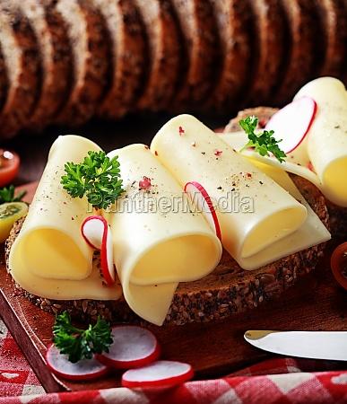 fresh gouda cheese on wholewheat bread