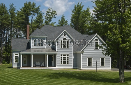 lawn in front of single family