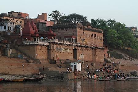 varanasi holy city in india