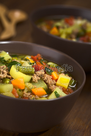 vegetable soup with mincemeat