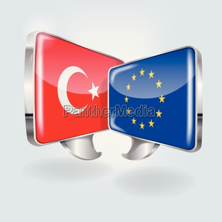 speech bubbles with turkey and europe