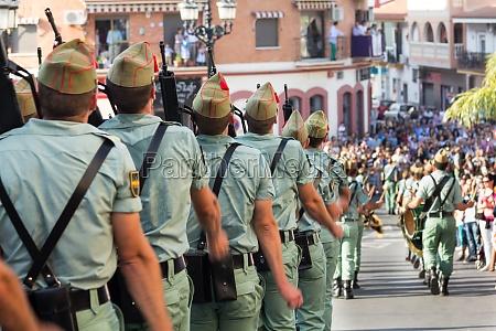 spanish legionnaires marching