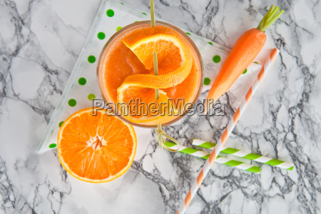 oranges and carrots smoothie
