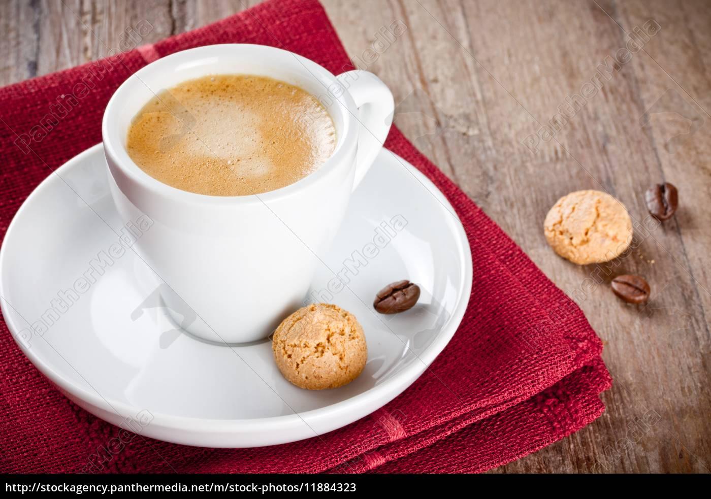 espresso, with, amarettini - 11884323