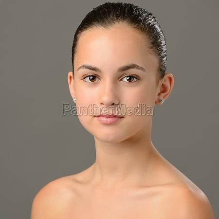 teenage girl bare shoulders skin care