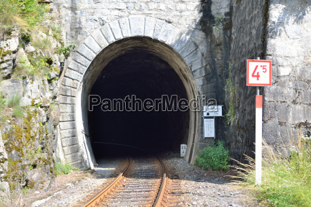 entering eien train tunnel