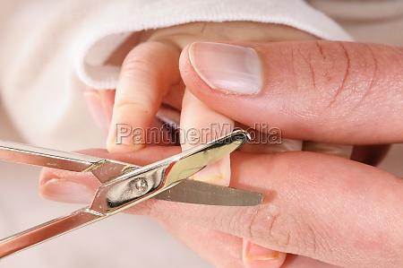 wyciac paznokcie dziecka