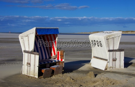 beach chairs with westerhever lighthouse