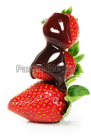 strawberries with chocolate sauce