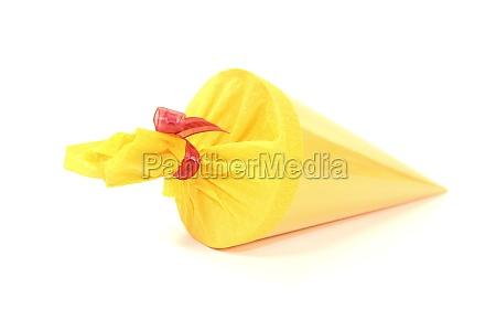 yellow, schultüte - 12024336
