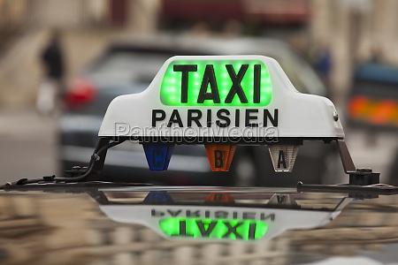 paris taxischild