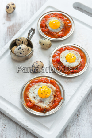 omelette of quail eggs with tomato