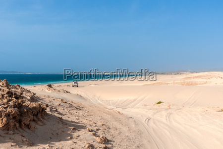 drive through the dunes of morro