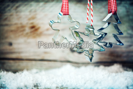 rustic xmas cookie cutters with winter