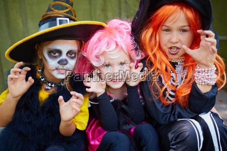 frightening girls