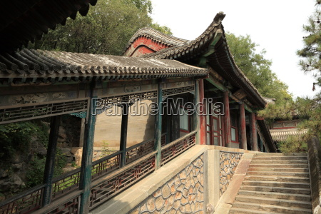 the summer palace in beijing china