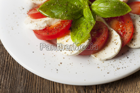 italian insalada caprese on a plate