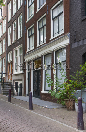 traditional dutch houses amsterdam netherlands
