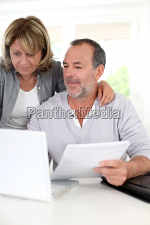 senior couple at home declaring income