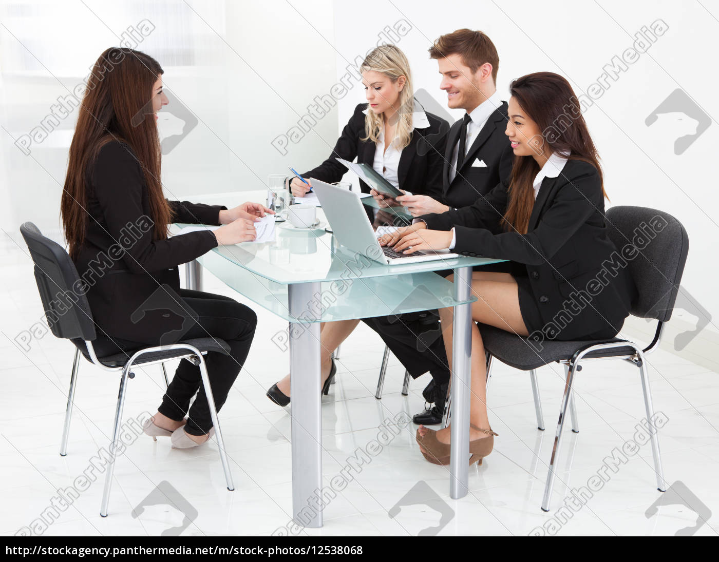 businesspeople, working, at, desk - 12538068