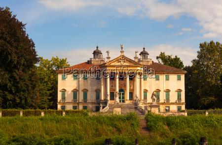 the villa giovanelli colonna