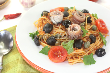 spaghetti alla puttanesca with anchovies