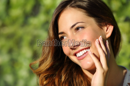 beauty woman with a perfect smile