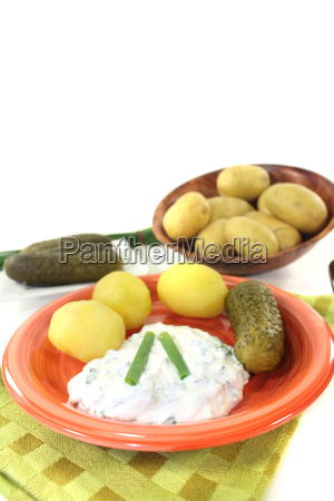 potatoes with cottage cheese cucumber and
