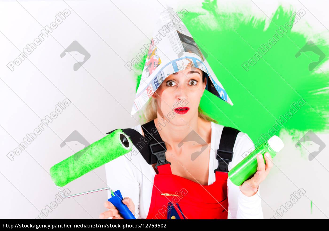 woman, at, diy, and, painting - 12759502