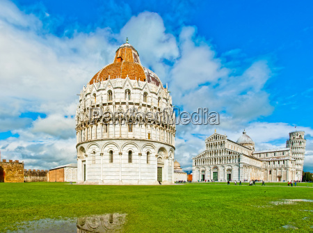 pisa italy baptistery cathedral and