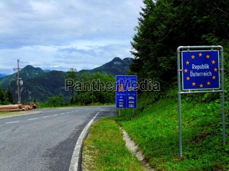 border crossing at seeberg pass the