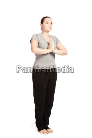 einzelpose of sun salutation yoga in