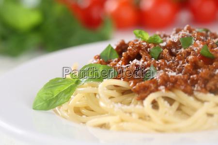 spaghetti bolognese pasta pasta dish with