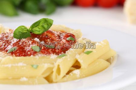 pasta rigate napoli with tomato sauce