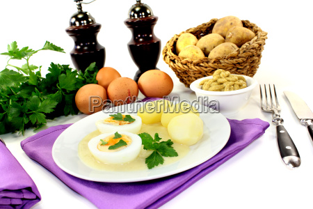 cooked mustard eggs with potatoes