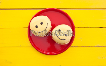 donuts with smiley face