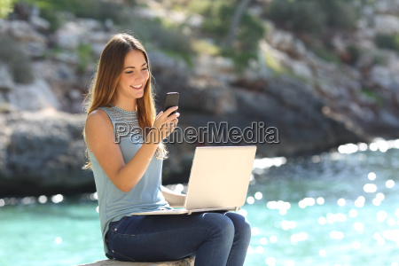 entrepreneur woman working with a phone