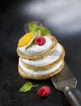anthracite colour background berry blini blur