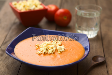 ecuadorian tomato and potato cream soup
