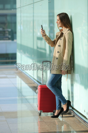 traveler woman using a smart phone