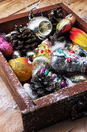 christmas in the old wooden box