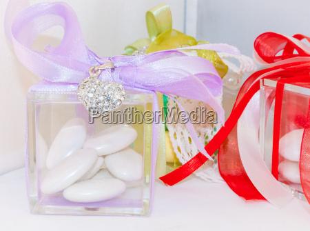 box for wedding confetti