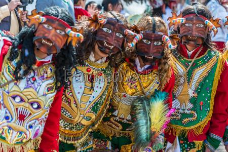 dancers at virgen del carmen parade