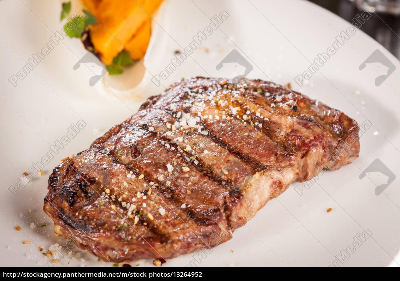 juicy, grilled, beef, tenderloin, steak, with - 13264952