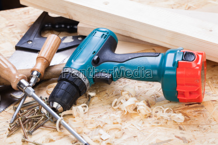 do it yourself tool with cordless